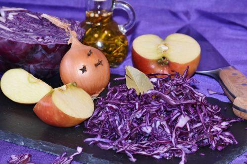 Recette Détox : salade chou aux fruits d'hiver